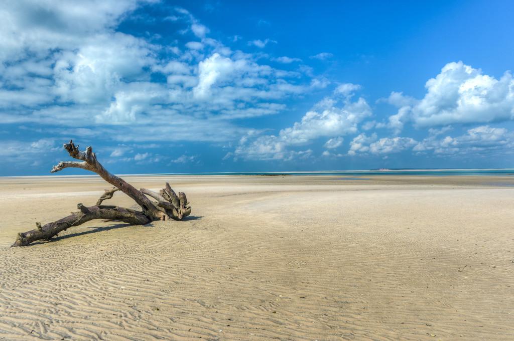 HDR 6072@120706 - Mozambique - Magaruque Island [Enhancer]
