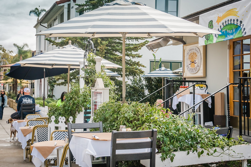 Outdoor seating at Jeannine's in Montecito