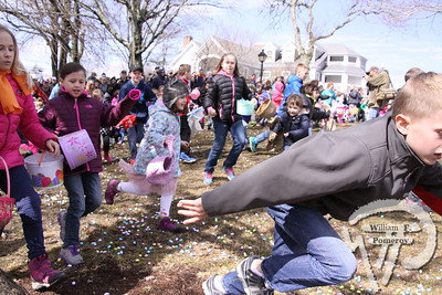 KATE GOULD PARK ● easter egg hunt . . . Community Children ■ Chatham, MA 4 . 4 - 2015