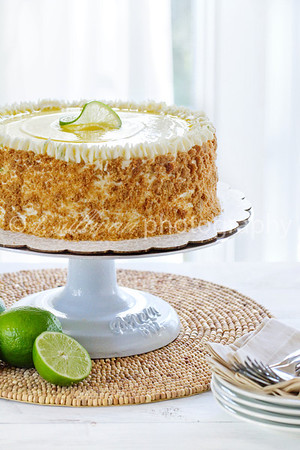 Key Lime Pie Cake