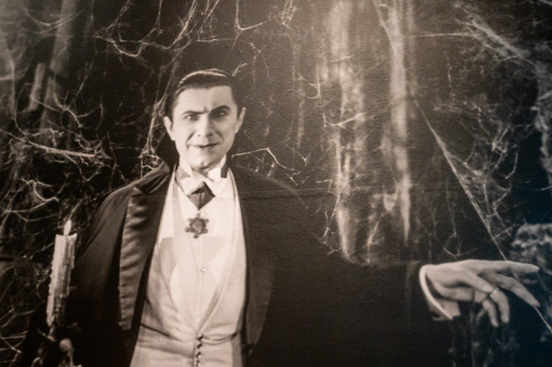 Bele Lugosi as Count Dracula