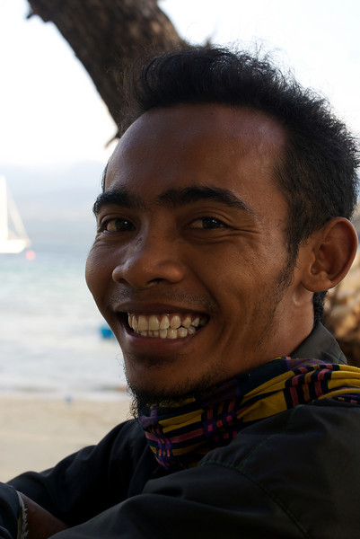 GILI AIR. BALINESE MAN SMILING.