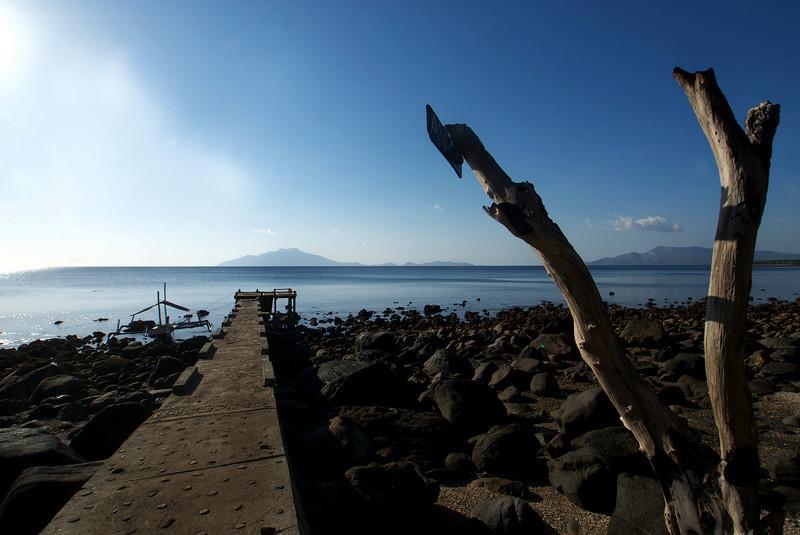 FLORES. NUSA TENGGARA. (A.K.A. LESSER SUNDA ISLANDS). WATUMITA.