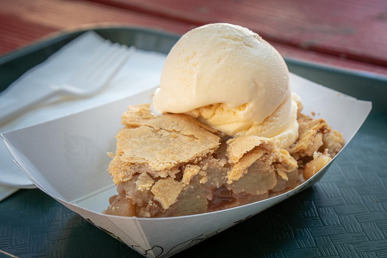 Apple pie shouts for a dollop of vanilla ice cream!