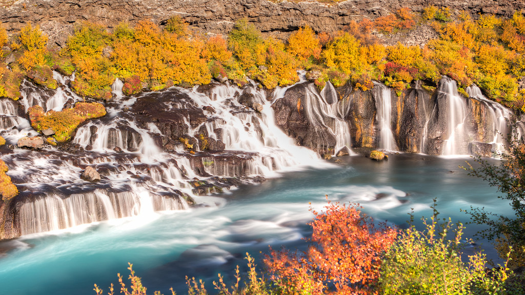 Autumn at Hraunfossar