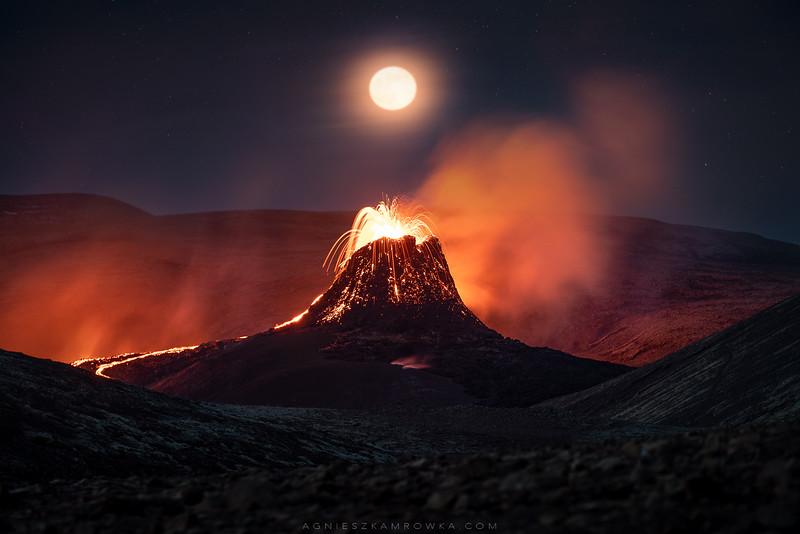 Nightfall in Reykjanes