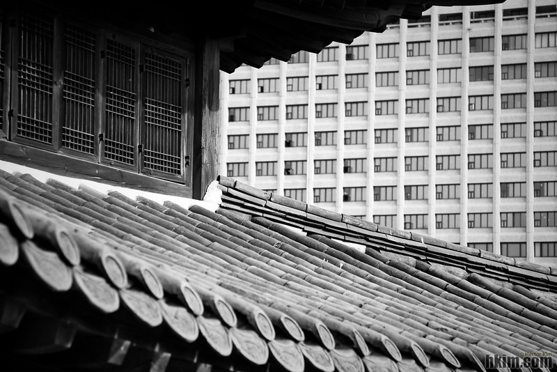 Windows<br /> Deoksugung (AKA: Deoksu Palace), Seoul, S. Korea