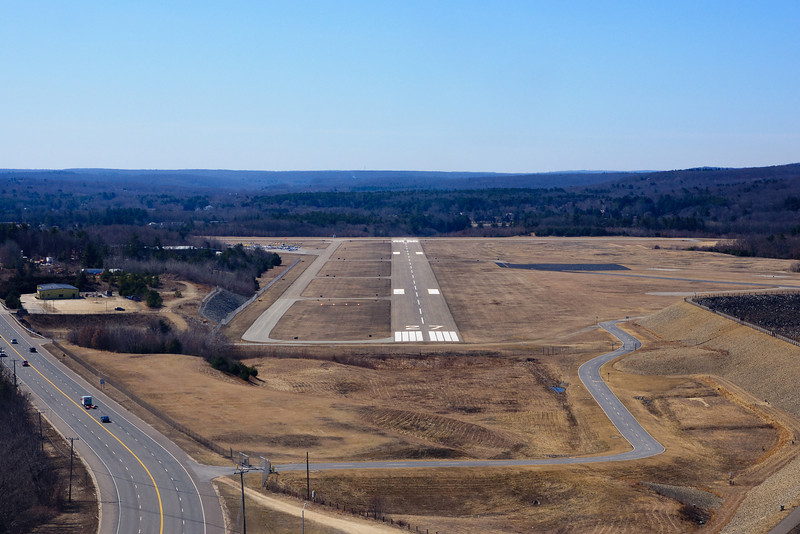 On approach to KIJD, Willimantic's Windham airport.