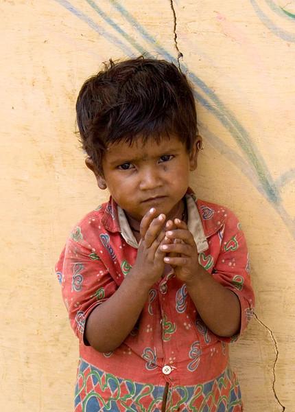 Child,Orcha, India