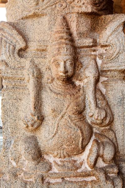 KARNATAKA. HAMPI. ANCIENT HINDU TEMPLE.