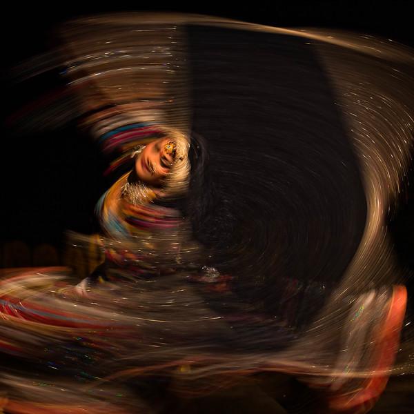 Dancing beauty (Jaisalmer, India)