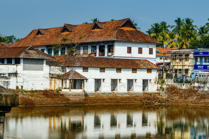 Old white colonial building next to the Sri Padmanabhaswamy Temple (Sree Padmanabhaswamy Temple) is located in Thiruvananthapuram (Trivandrium) in Kerala, South India, Asia