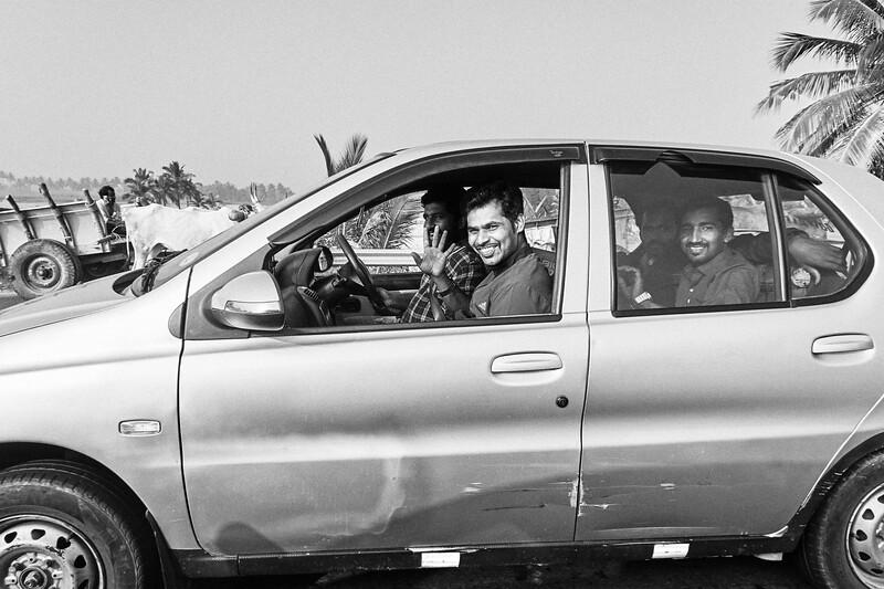 Friendly Travelers - Road to Mysore, India