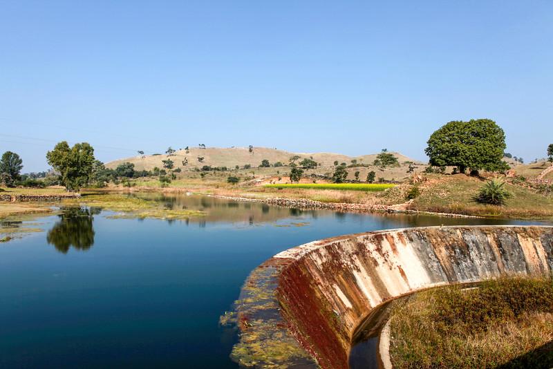 RAJASTHAN. A BEAUTIFUL LAKE.
