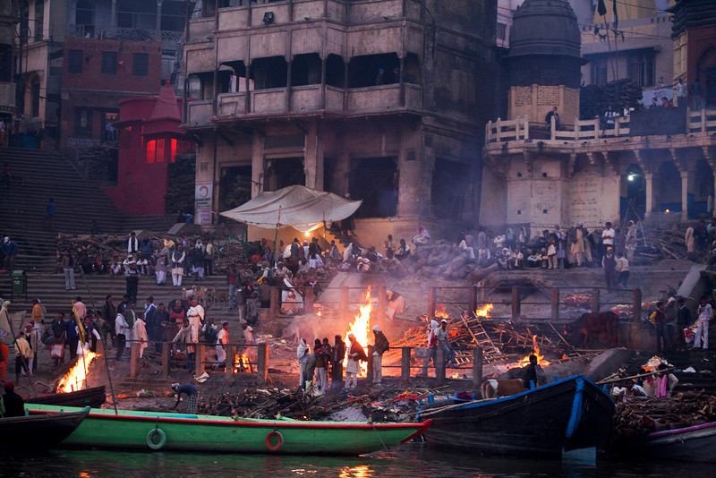 BURNING GHATS. RIVER GANGES. VARANASI. INDIA.