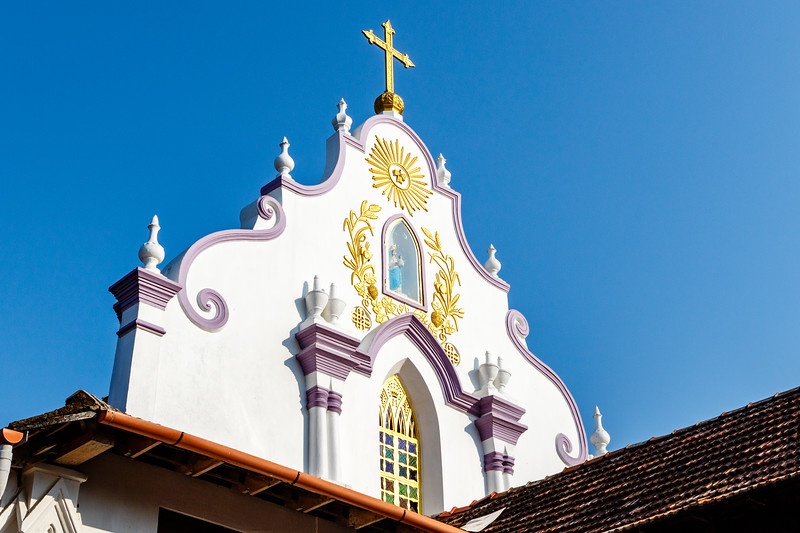 Facade of the St Thomas church in Palayur (Palayoor) in  the Thrissur district in Kerala state in southern India, Asia