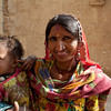 JAISALMER. RAJASTHAN. INDIAN LADY WITH A BABY.