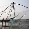 KOCHIN (COCHIN). KERALA. CHINESE FISHING NETS.