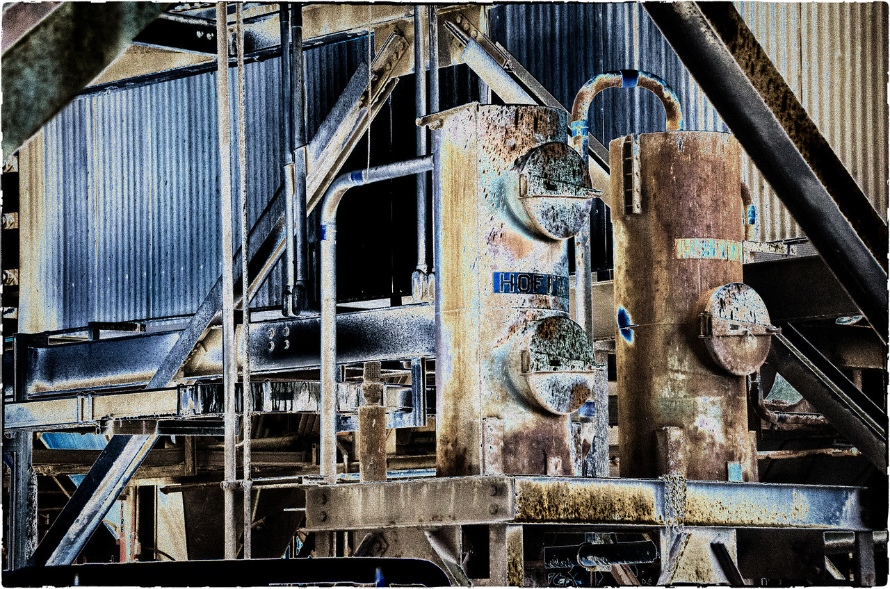 Power Plant: Long Beach, California