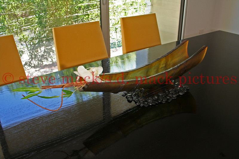 <center>Interior Design Photography in Bridgehampton featuring dining room table.  <center>New York, NY August 11, 2007 Photo by Steve Mack/S.D. Mack Pictures