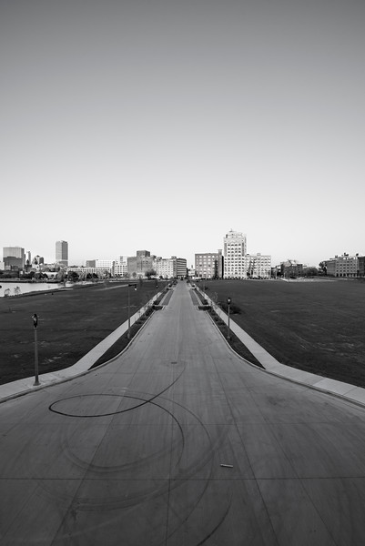 milwaukee-riverfront-road