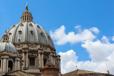 Rome / Vatican City: St. Peter's Basilica Dome