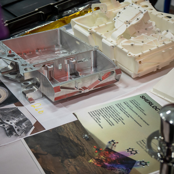Parts for Mars 2020 and SHERLOC which will be used to detect organic molecules