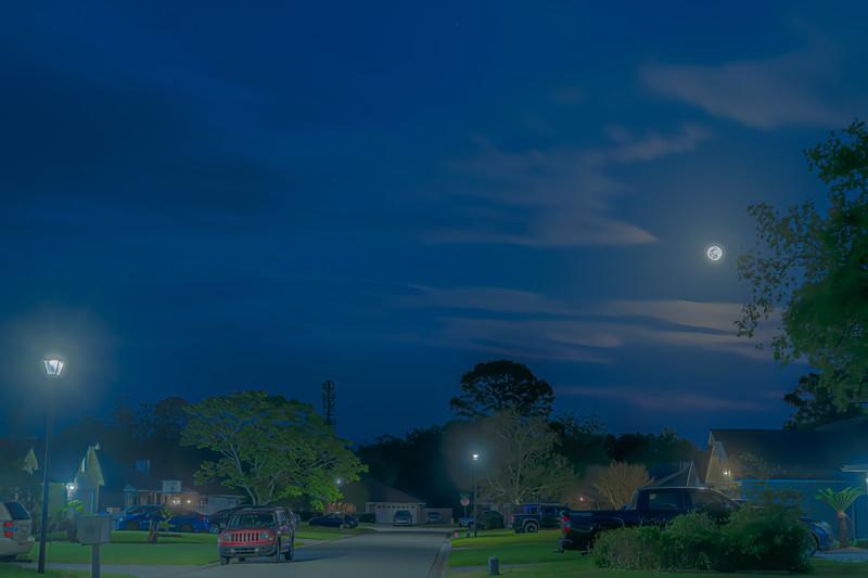 April Full Moon Rise 2020 HDR Photomatix