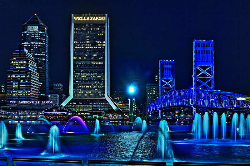 Jacksonville Florida Skyline Friendship Fountain. Canon HDR.