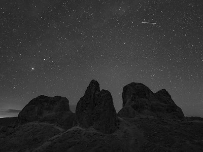 Stars above the Pinnacles I