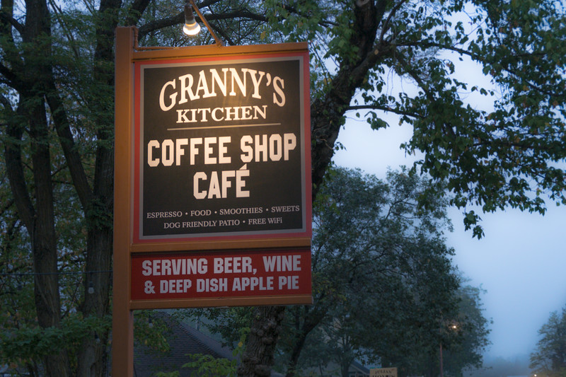 Granny's Kitchen, serving pie, beer and wine
