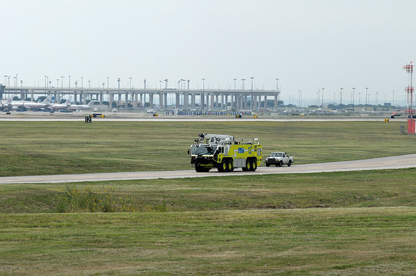DFW Airport - Landings, etc.