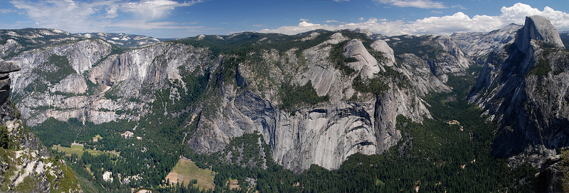Panorama of Yosemite Falls (left) to Half Dome (right)