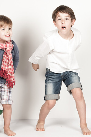KIDS AND FAMILY PHOTOGRAPHER