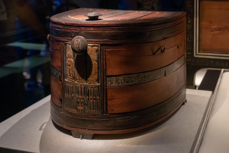 Semicircular Red Wood box