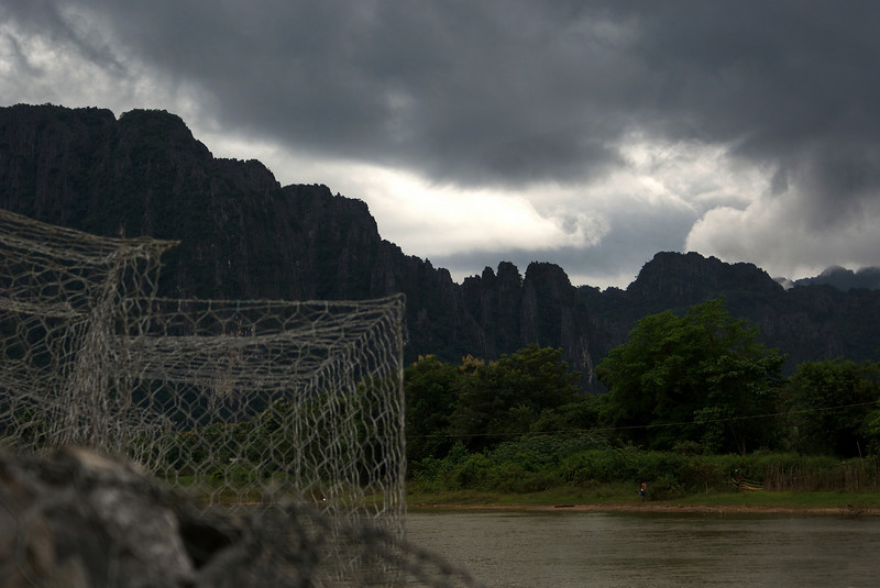 VANG VIENG. MEKONG RIVER WITH STUNNING KARST SCENERY.
