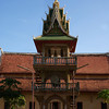 VIENTIANE. VIEW OF A COURTYARD OF A MONASTERY. DRUM TOWER.
