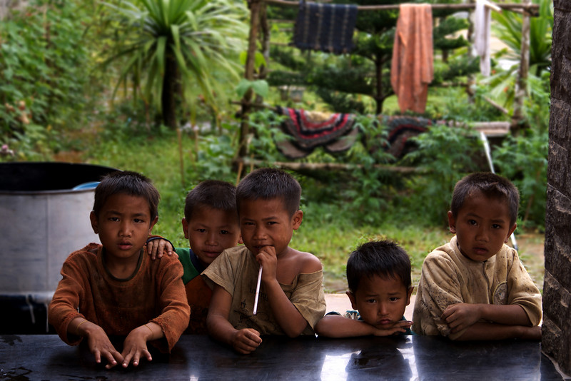 LAO CHILDREN.