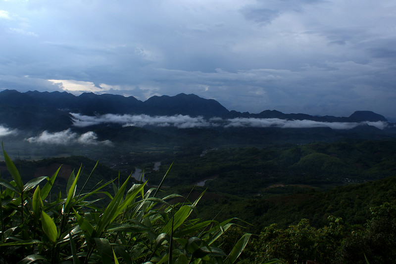LUANG PRABANG PROVINCE. VIEW OF A VALLEY.