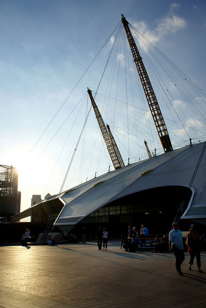 LONDON. O2 DOME IN THE AFTERNOON SUN. GREAT BRITAIN.