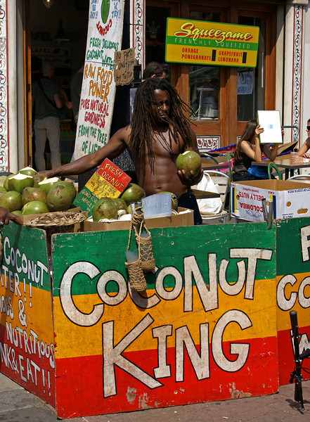 LONDON. PORTOBELLO ROAD. COCONUT KING.