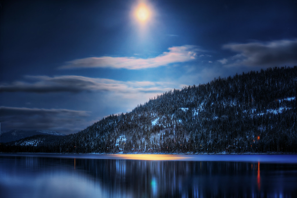 Moonshines Over Donner Lake