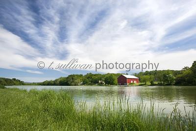 A beautiful sunny Spring day at Lake Shenandoah.