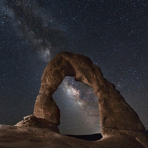 Delicate Arch and the Milky Way