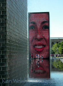 """A Friendly Face""  Millennium Park   © Copyright Ken Welsh"