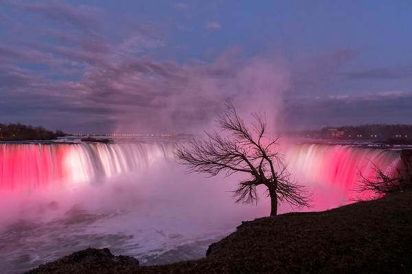 "Canadian side of Niagara's ""Horseshoe"" Falls, Ontario, Canada"
