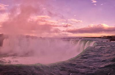 Canadian Niagara Falls, Panorama 2