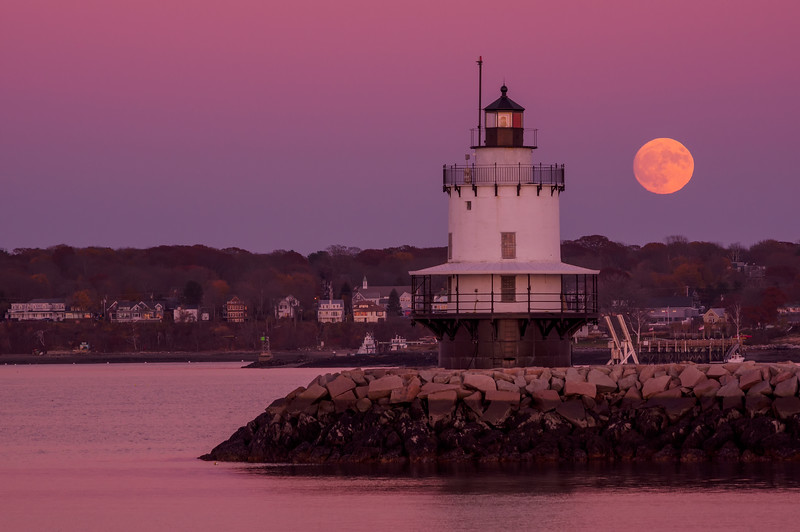 Pre Super Moon at Spring Point Ledge Light, November 2016
