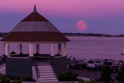 July 2015 Blue Moon Rise, Portland, Maine