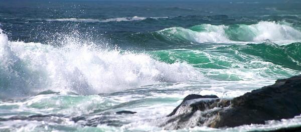 Two Lights Waves, Cape Elizabeth, Maine